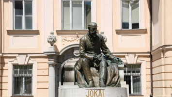 Statue of the Hungarian writer, Mór Jókai